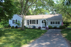 60 Pine Lane, Osterville, MA 02655