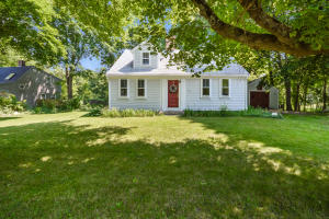 217 County Road, Monument Beach, MA 02553