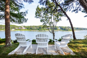 797 Old Post Road, Cotuit, MA 02635