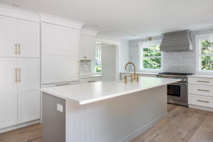 20 Hollingsworth Road, Osterville, MA 02655
