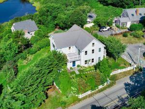 432 Stage Harbor Road, Chatham, MA 02633