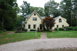 101 Curlew Way, Cotuit, MA 02635