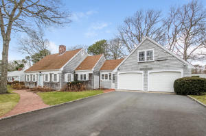 14 Tam-O-Shanter Way, South Yarmouth, MA 02664