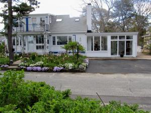 55 Channel Point Road, Hyannis, MA 02601
