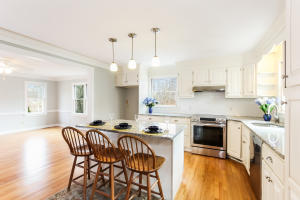 FULLY RENOVATED KITCHEN WITH SS APPLIANCES