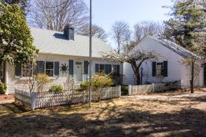 31 Bayview Street, Chatham, MA 02633