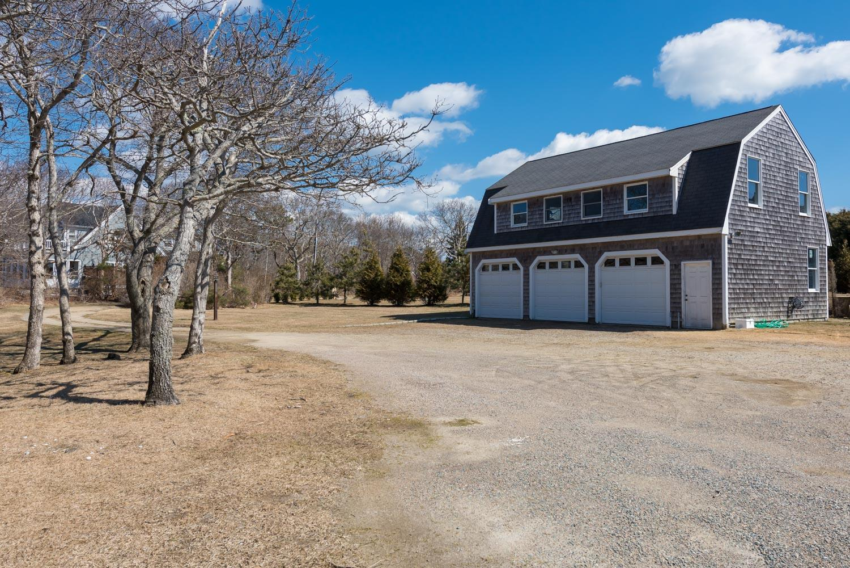 24 Willis Lane, East Falmouth, Massachusetts, 02536, 6 Bedrooms Bedrooms, ,5 BathroomsBathrooms,Residential,For Sale,24 Willis Lane,21902165