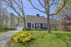 12 Old Heritage Way, Harwich, MA 02645