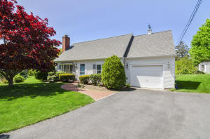 59 Robbins Street, Osterville, MA 02655