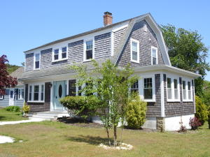 40 Massachusetts Avenue, West Yarmouth, MA 02673