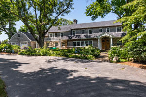 74 Pin Oaks Drive, Barnstable, MA 02630