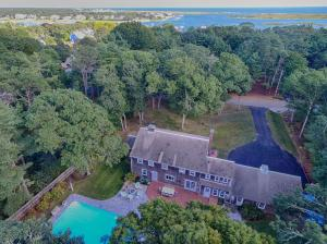 211 Pleasant Street, South Yarmouth, MA 02664