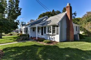 19 Highland Avenue, Chatham, MA 02633