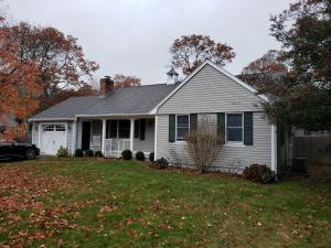 48 Hitching Post Lane, Centerville, MA 02632