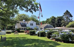 407 Old Harbor Road, Chatham, MA 02633