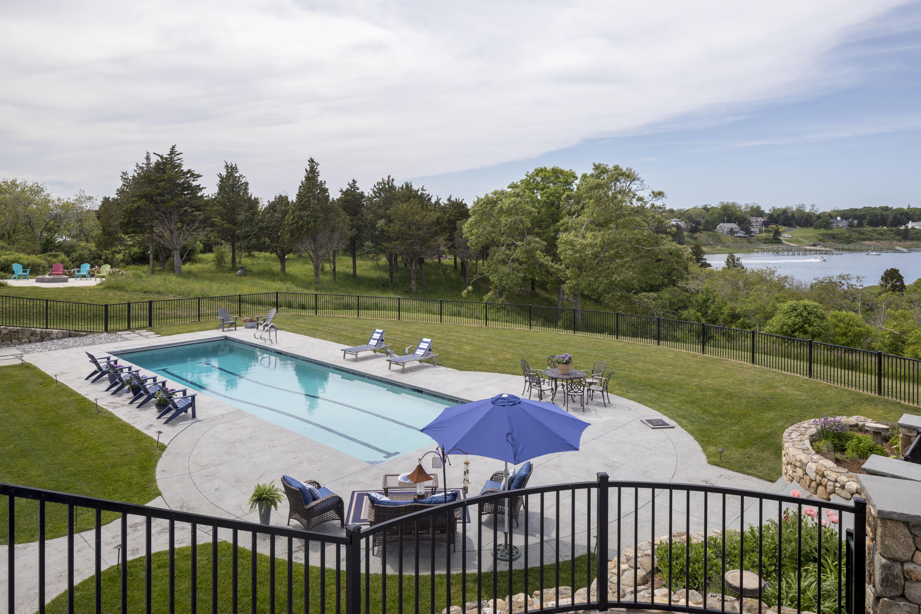 16 Snow Way Orleans, MA 02653