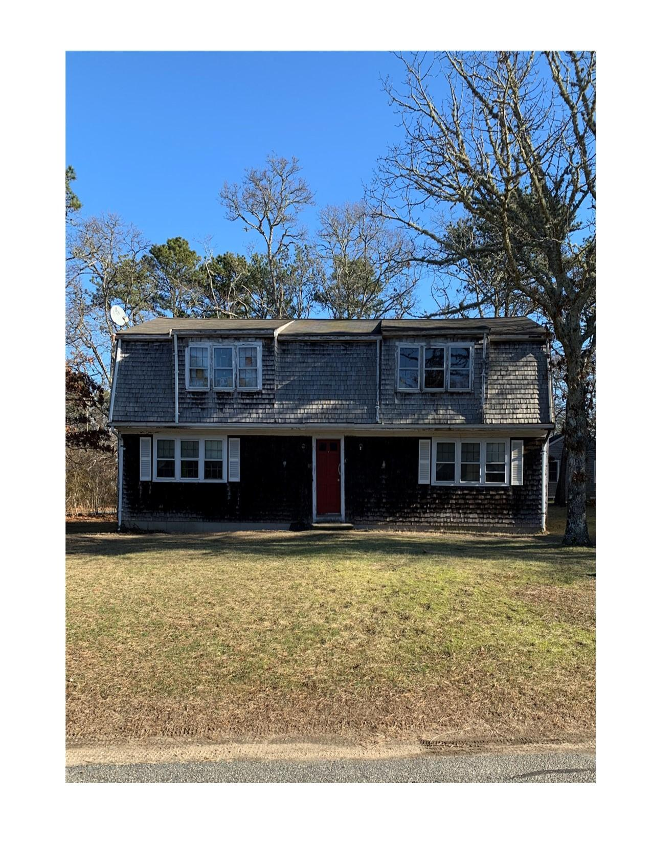 17-19 Tracy Lane Brewster MA, 02631 sales details