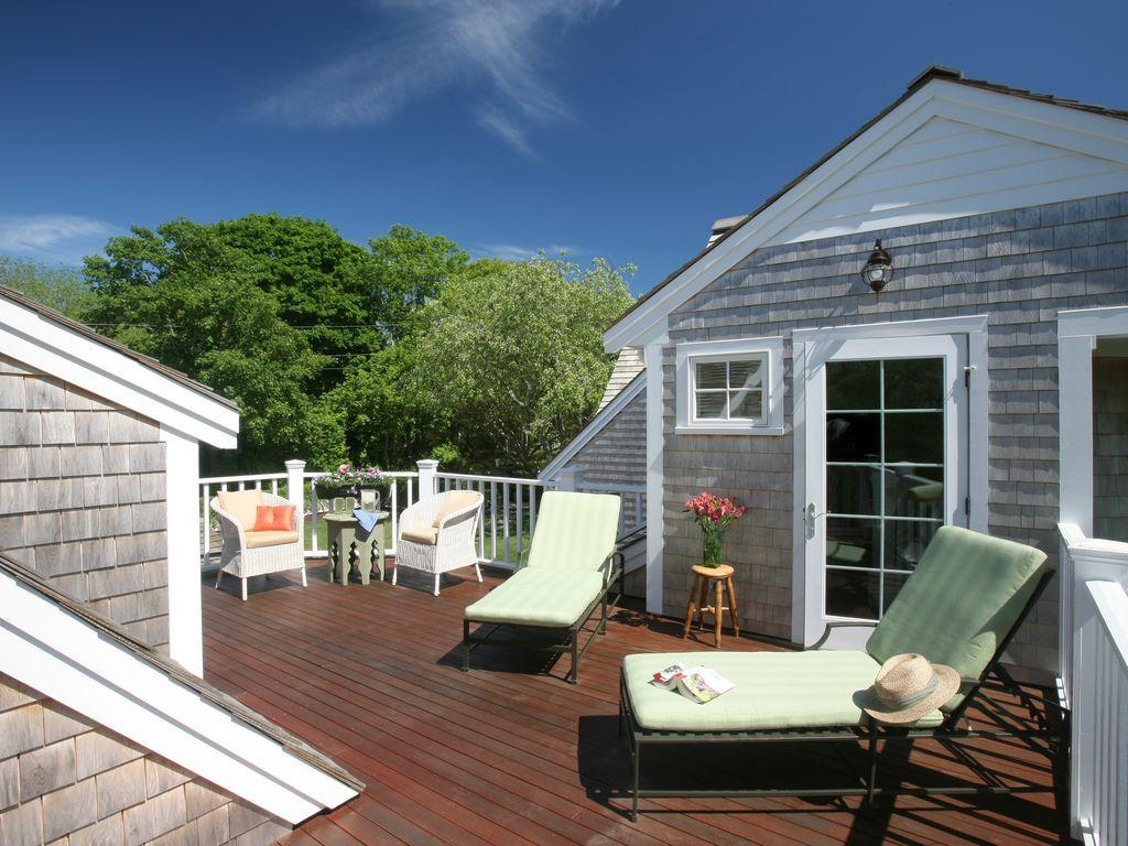 203 Cross Street Chatham, MA 02633