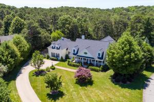 63 Farm Valley Road, Osterville, MA 02655