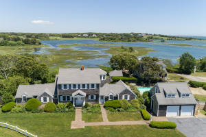 222 Fifth Avenue, Hyannis, MA 02601