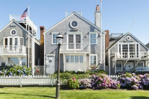 17 Old North Wharf, Nantucket, MA 02554