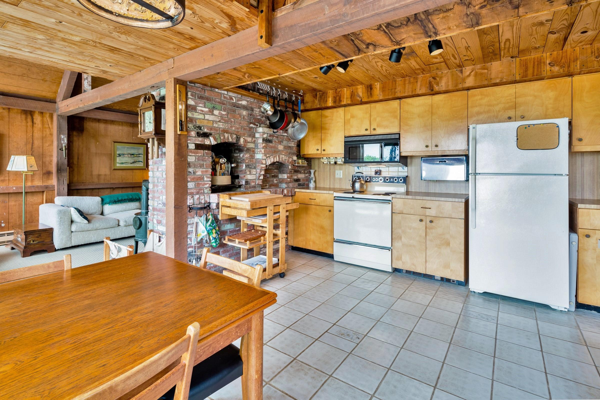 2 & 7 Skunks Bluff Orleans, MA 02653