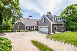 107 Captains Walk, Chatham, MA 02633