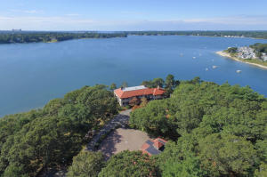 681 Head Of The Bay Road, Buzzards Bay, MA 02532