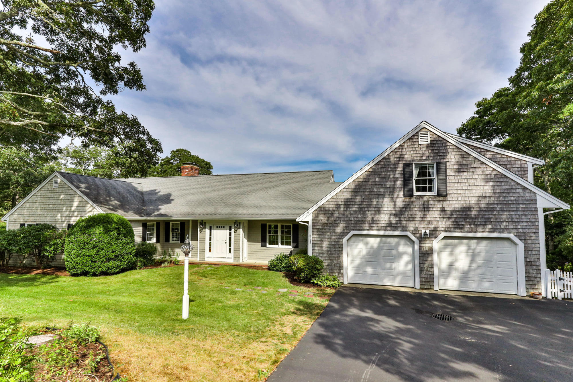595 Riverview Drive, Chatham, MA details