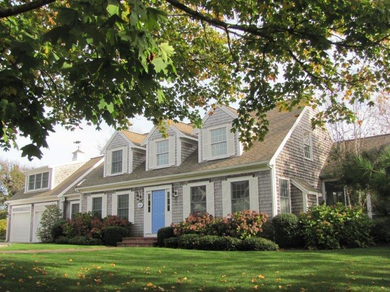 52 Seaview Street, Chatham, MA details