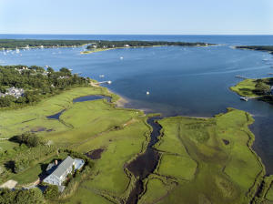 64 Bayview Road, Osterville, MA 02655