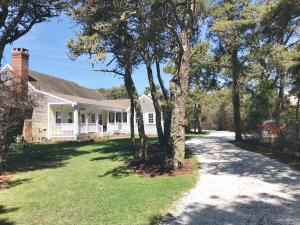 16 Gladlands Avenue, Nantucket, MA 02554