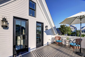 600 Commercial Street, 3, Provincetown, MA 02657