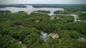 83 Bunker Hill Road, Osterville, MA 02655