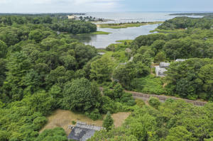 1384 28A Route, Cataumet, MA 02534