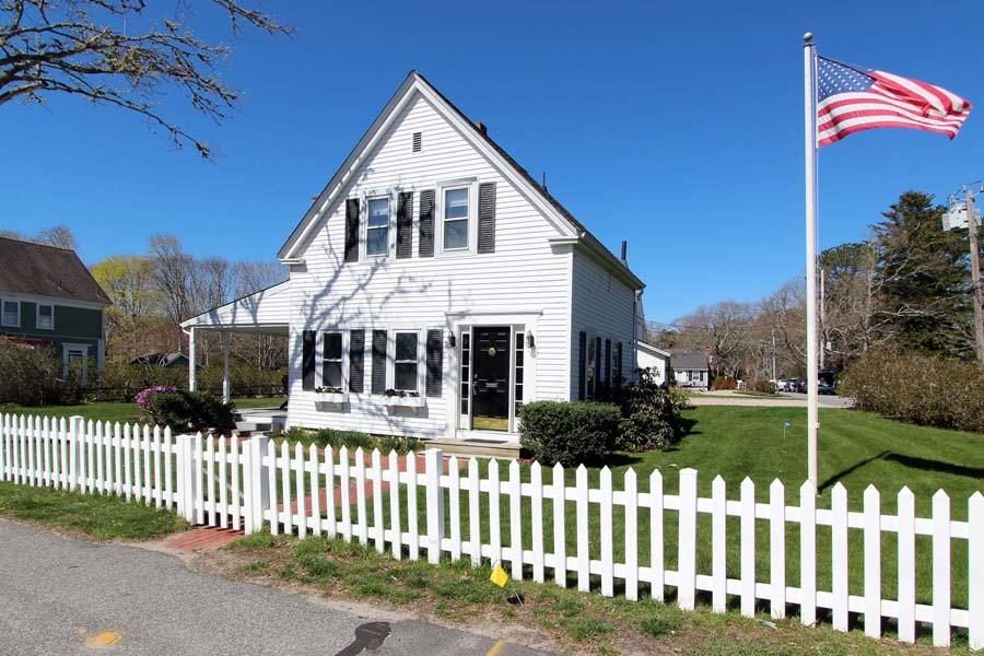 1243 Main St 1 & 19 Nickerson Rd #2, Barnstable, MA 02635