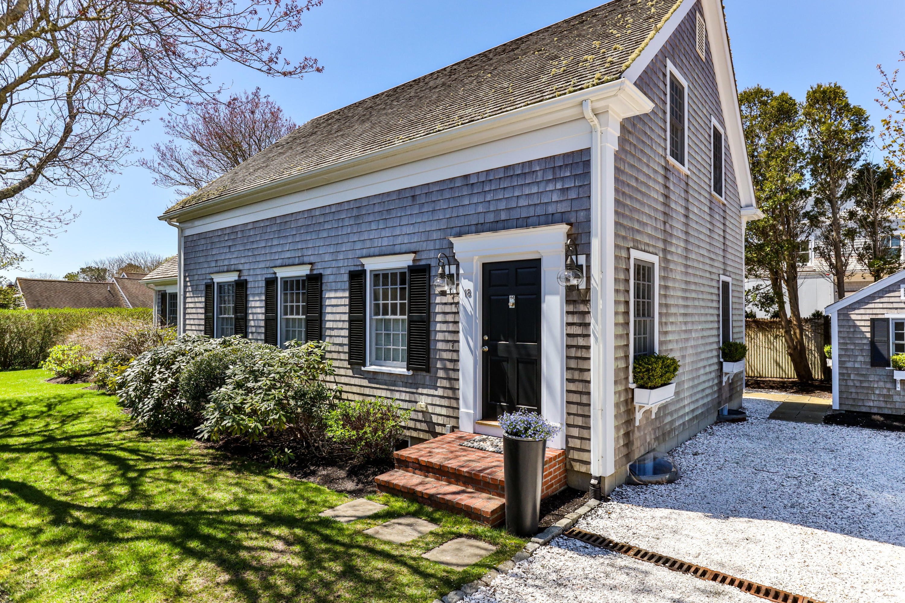 18 Seaview Terrace, Chatham, MA details