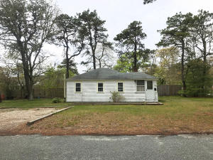 33 Carter Road, South Yarmouth, MA 02664