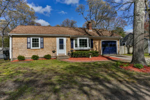 40 Clear Brook Road, West Yarmouth, MA 02673