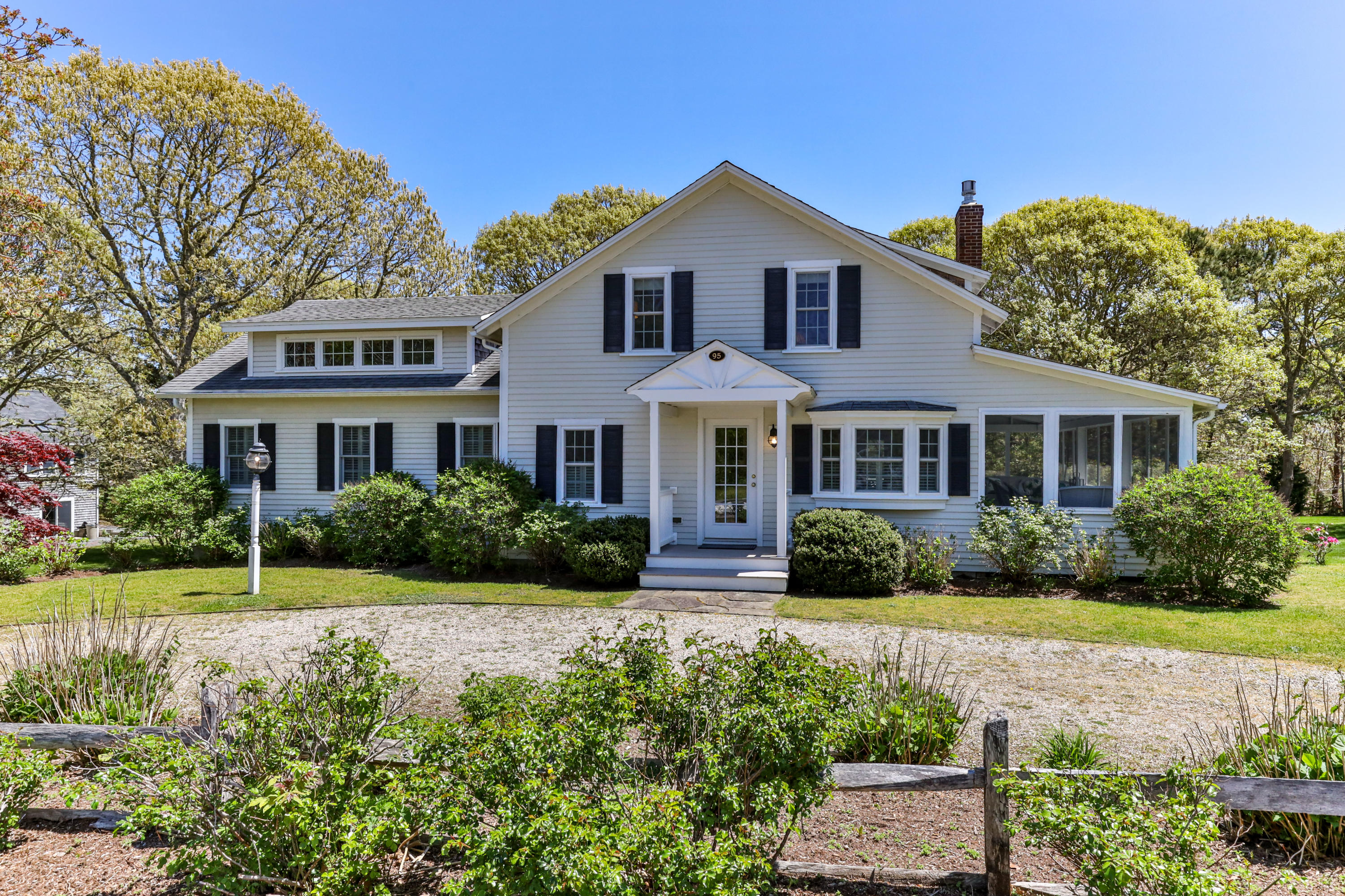 95 Forest Beach Road, Chatham, MA details