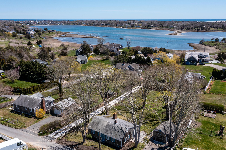 14 Pond View Lane, Chatham, MA details