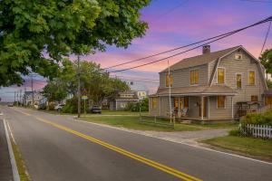 393 Maravista Avenue, East Falmouth, MA 02536