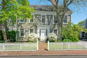 17 Gardner Street, Nantucket, MA 02554