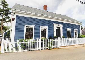 8 Central Street, Provincetown, MA 02657