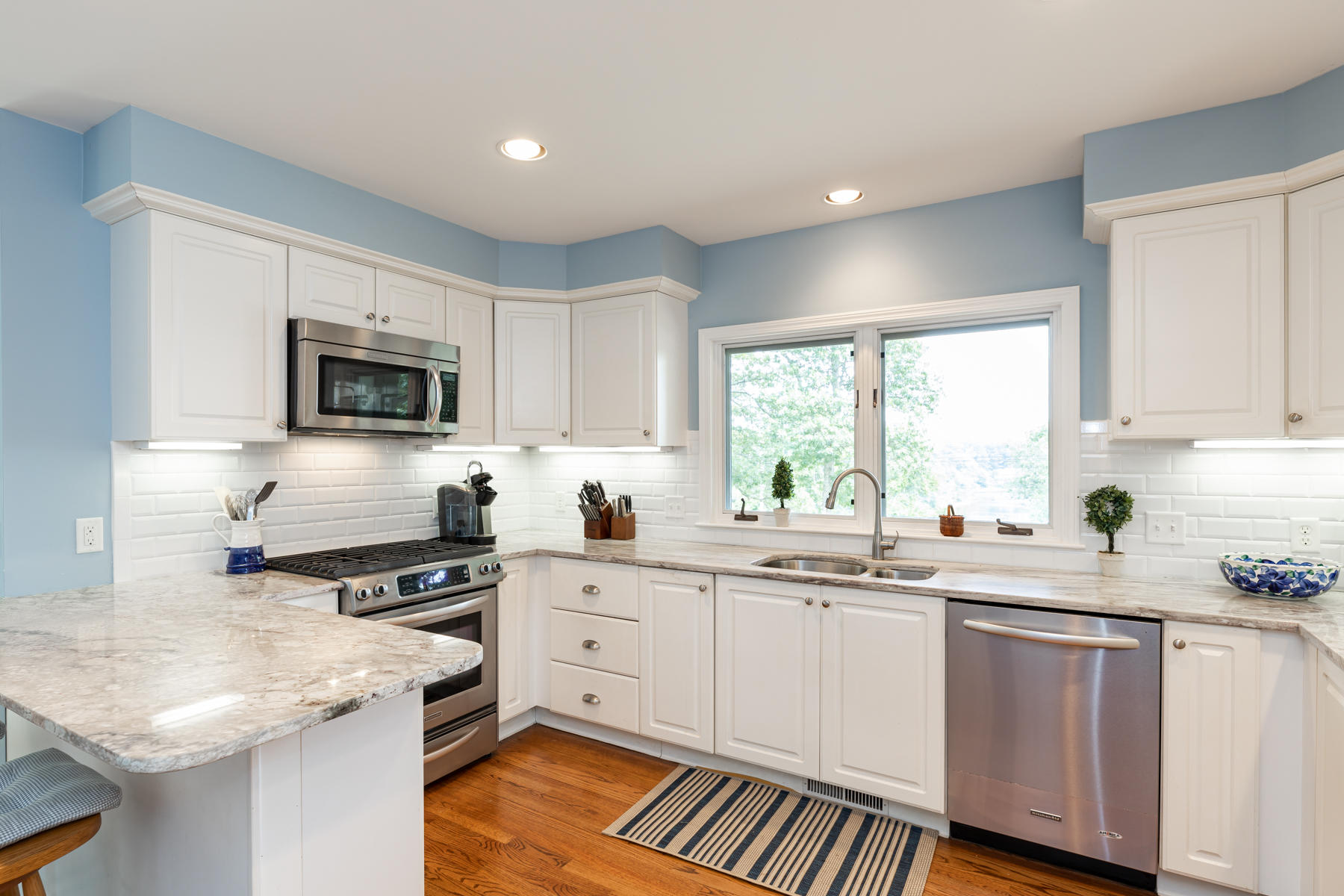 photo 8 150 S Orleans Road, Orleans MA, 02653