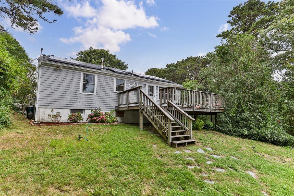 30 Woods End Drive, Chatham Photo 2