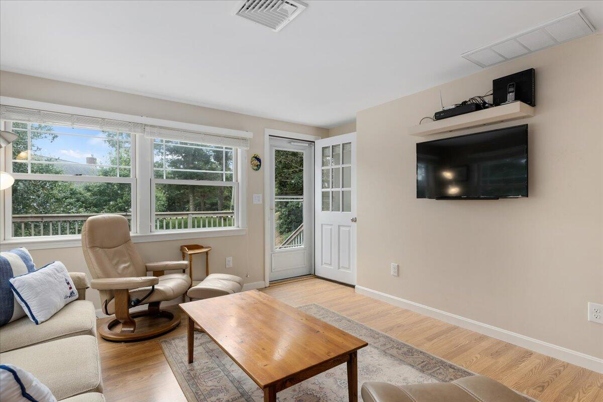 30 Woods End Drive, Chatham Photo 9