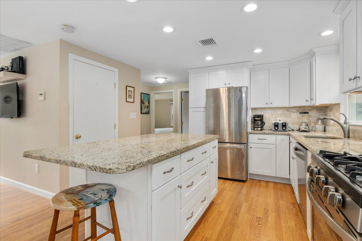 30 Woods End Drive, Chatham Photo 11