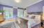 Primary bedroom en suite