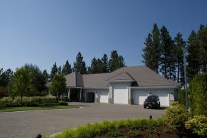 Guest House/Extra Garage